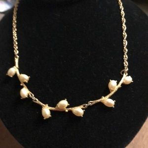 Jewelry - Sarah Coventry Pearl and Gold metal Bud Necklace.